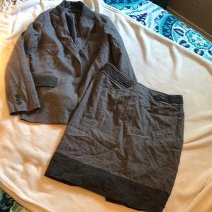 Gorgeous 2 tone grey skirt suit